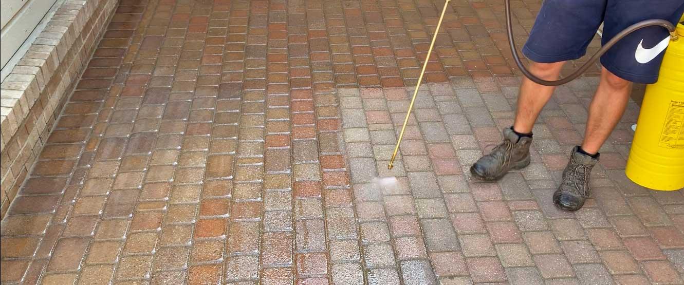 sealing brick paver court yard in macomb MI